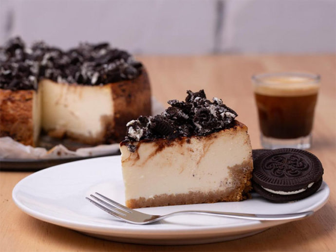 Dora's Cookies and Cream Cheesecake
