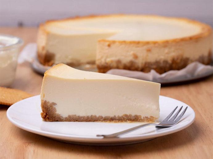 Dora's Classic Cheesecake